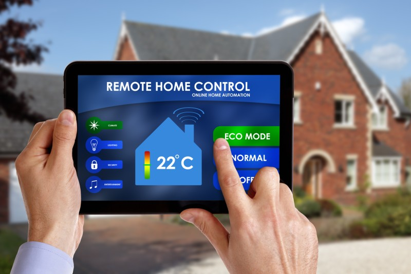 remote temperature control with iot thermostat
